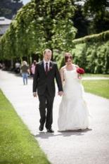 Bridal couple Mirabell Gardens